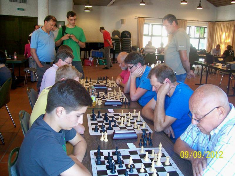 Turnier der Generationen: Blick in den Spielsaal