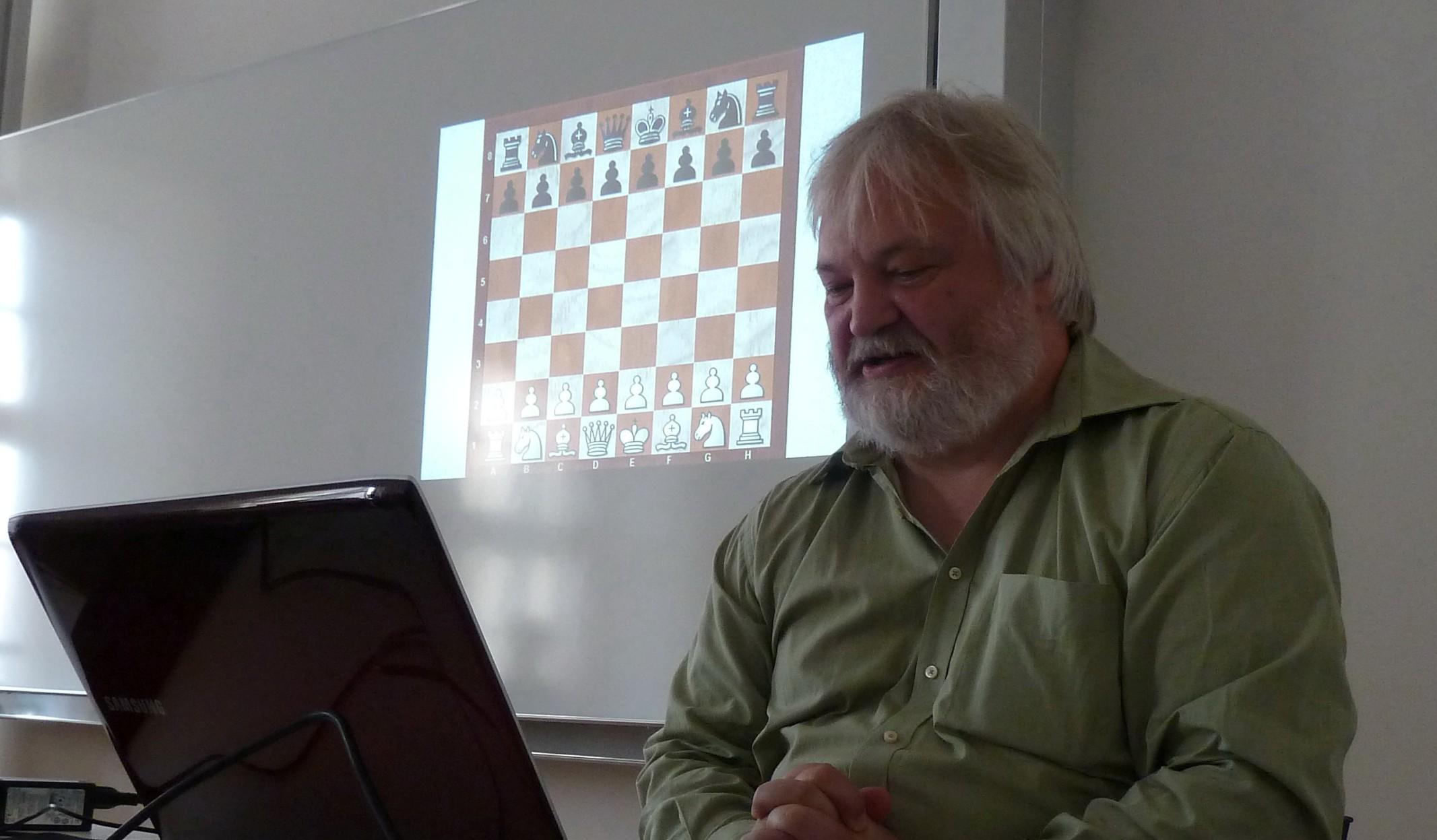 Artur Jussupow beim Training im Vöhlinschloss