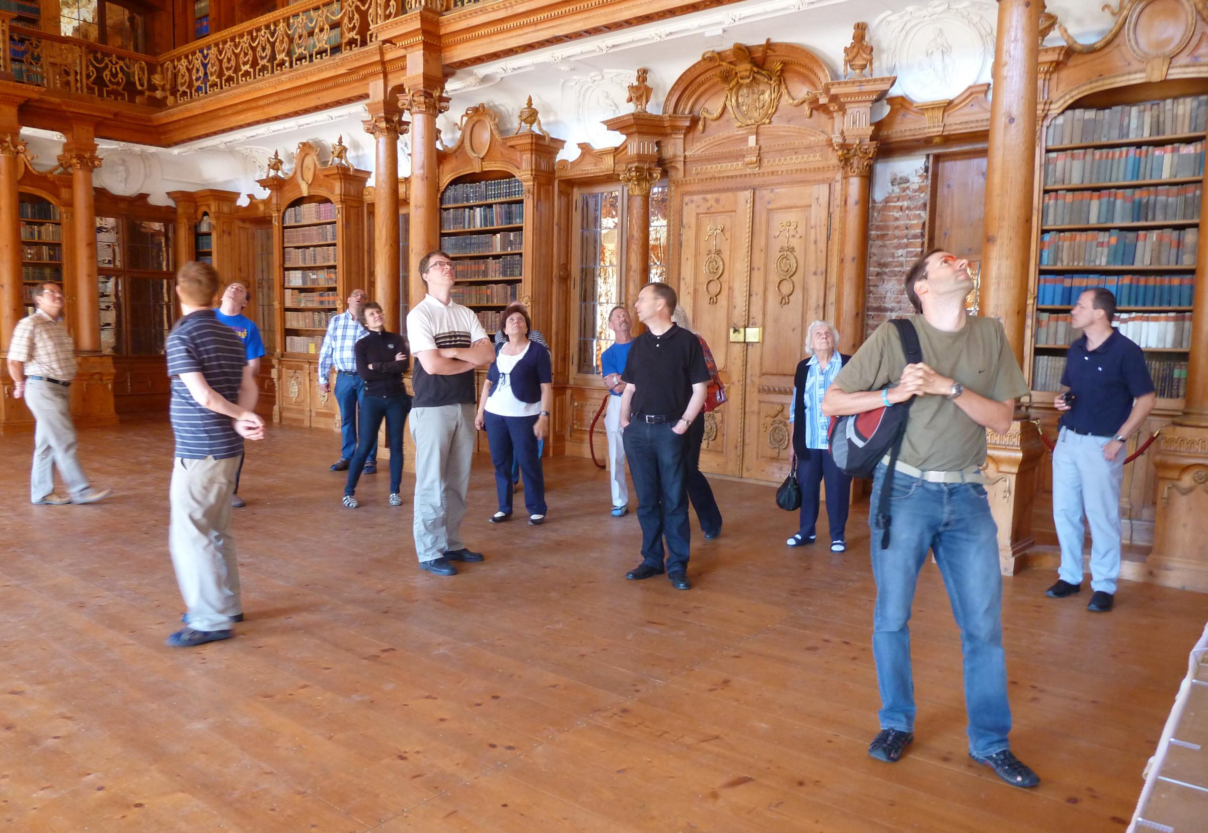 WEM: Bibliothek im Kloster Roggenburg
