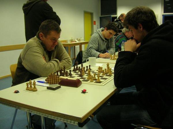 Jedesheimer Spitzenduell: Dimitrij gegen Jaroslaw bei der Ulmer Stadtmeisterschaft 2010